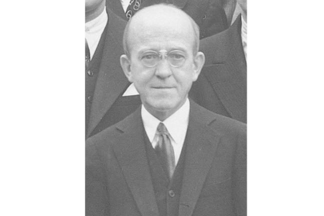 Black and white photograph of Oswald T Avery