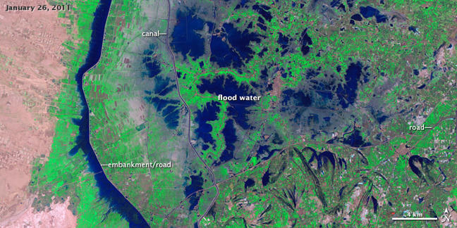Satellite photograph showing the same locality as above, with flood water still present in January 2011