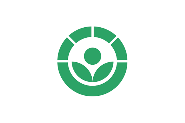the green 'radura' symbol which can be used on the labels of foods treated with irradiation