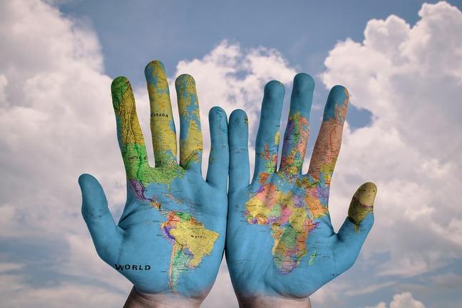 World map-Hands