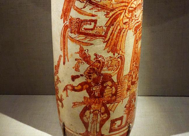 Maya vase in De Young Museum