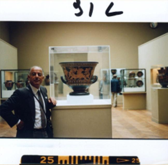 Medici Apartments: The Metropolitan Museum Of Art's 'hot Pot