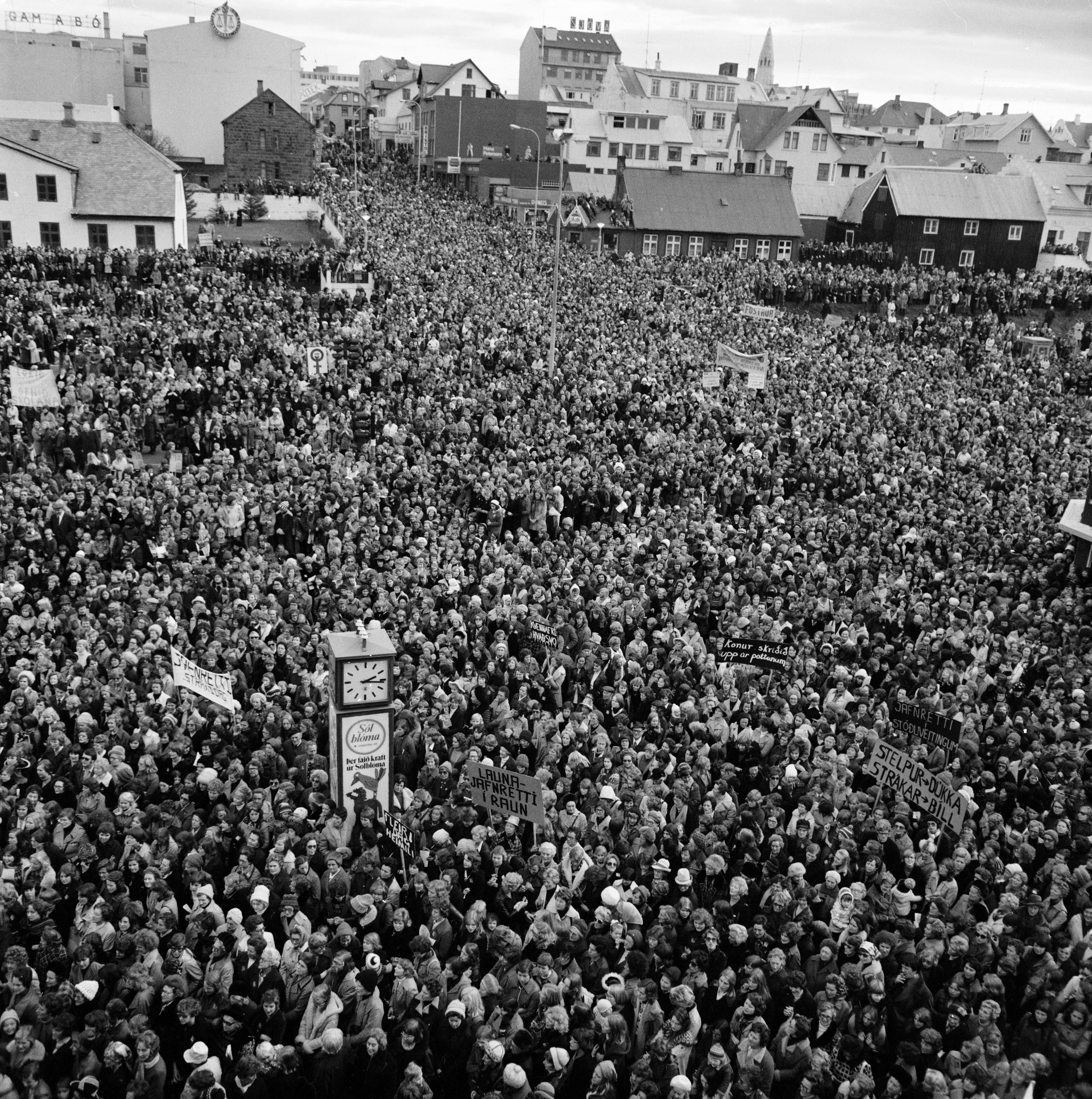 Icelandic strikers