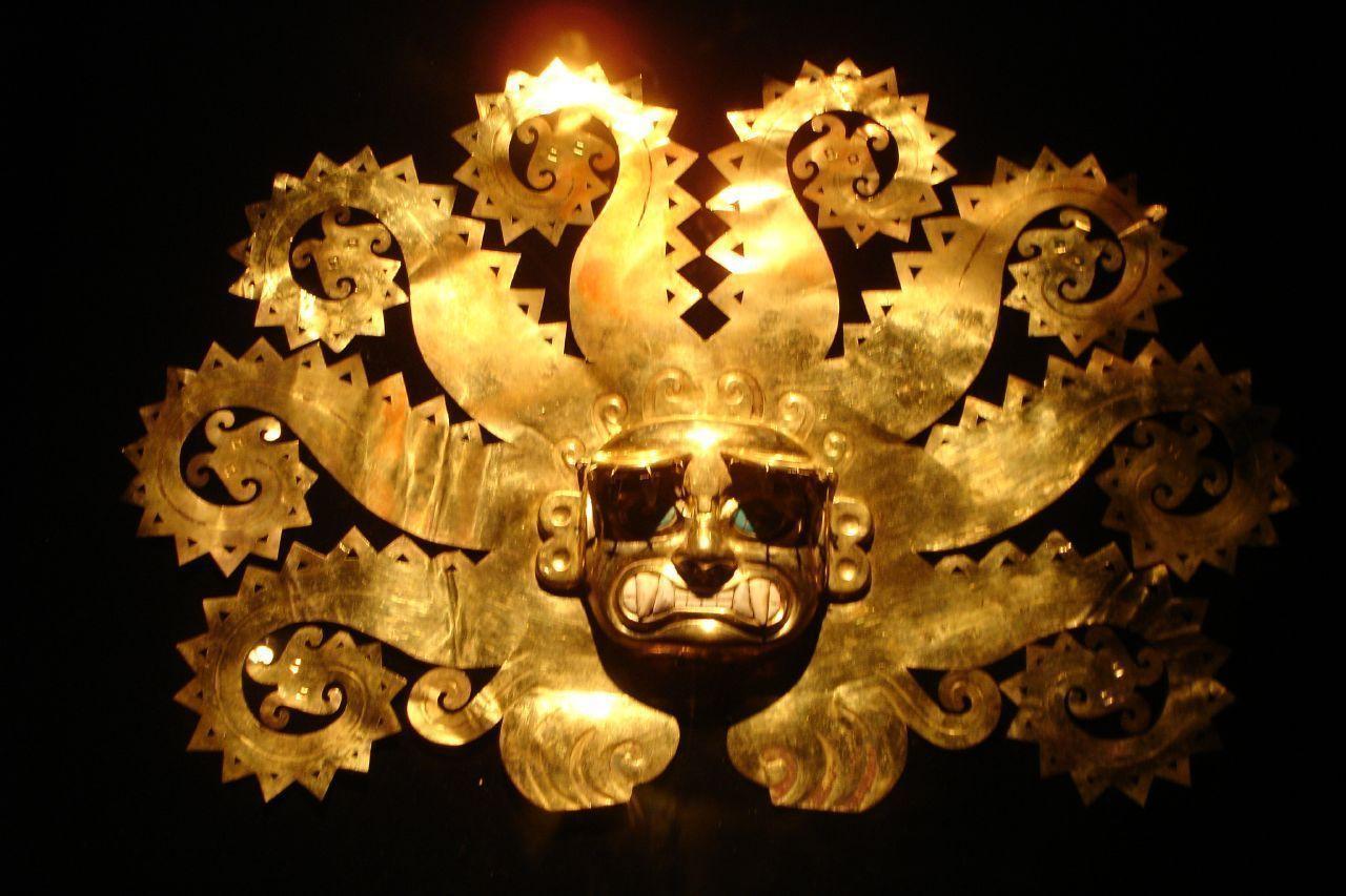 Headdress from La Mina