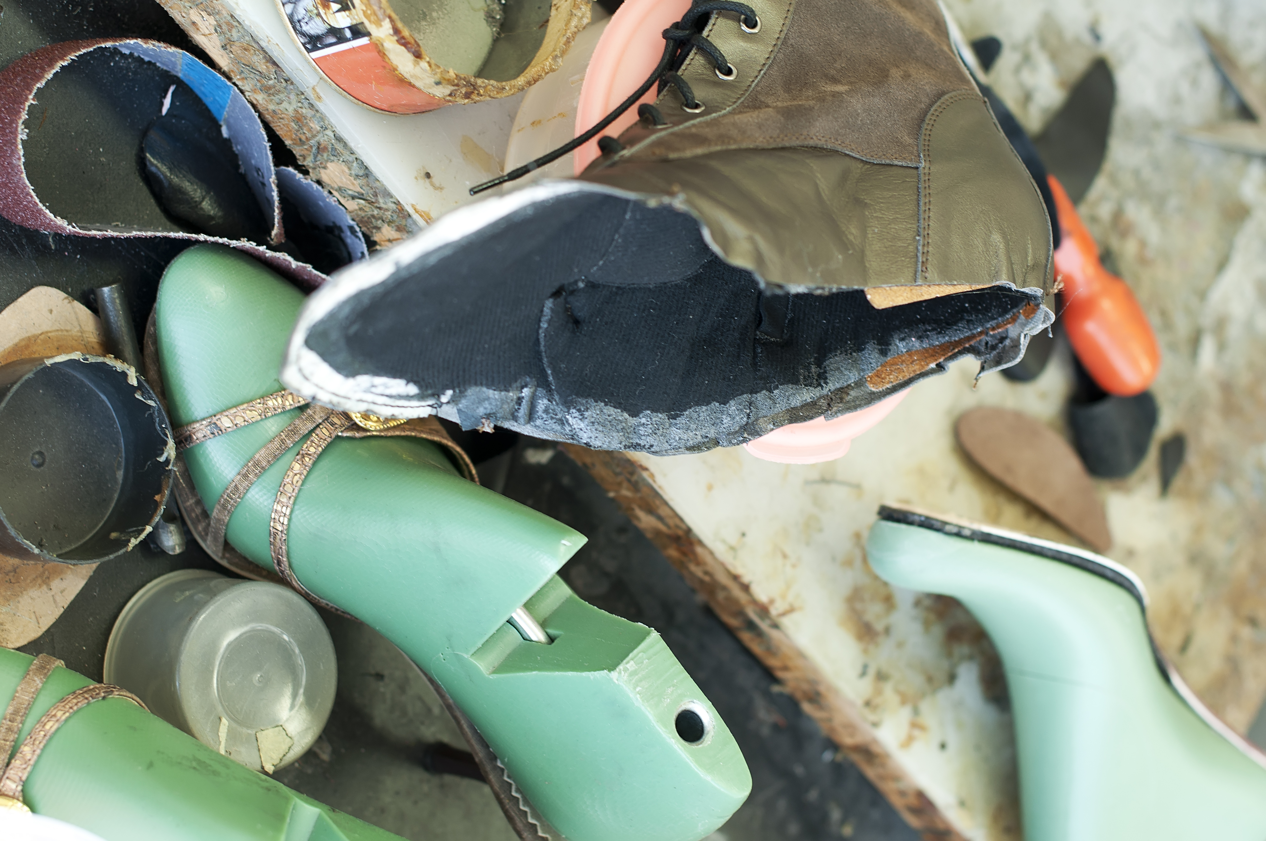 Equipment for home-based shoemaking