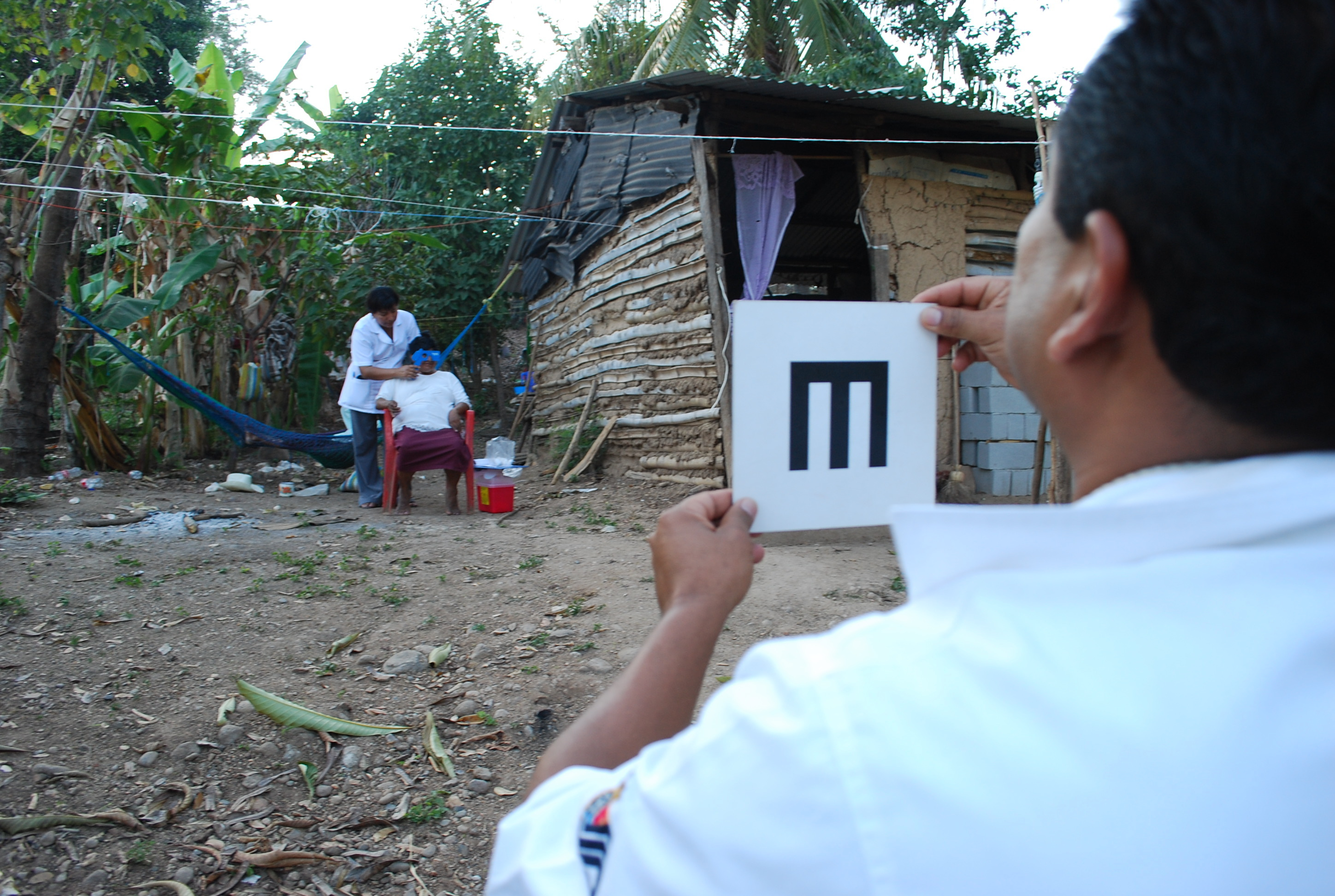Photo shows visual acuity testing in the community during a RAAB in Mexico
