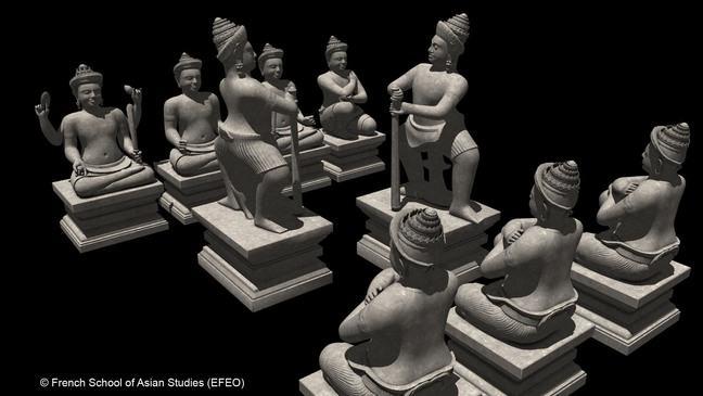 Prasat Chen Statue arrangement