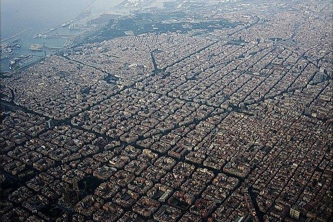 Neighborhood of Barcelona's Eixample seen from the air