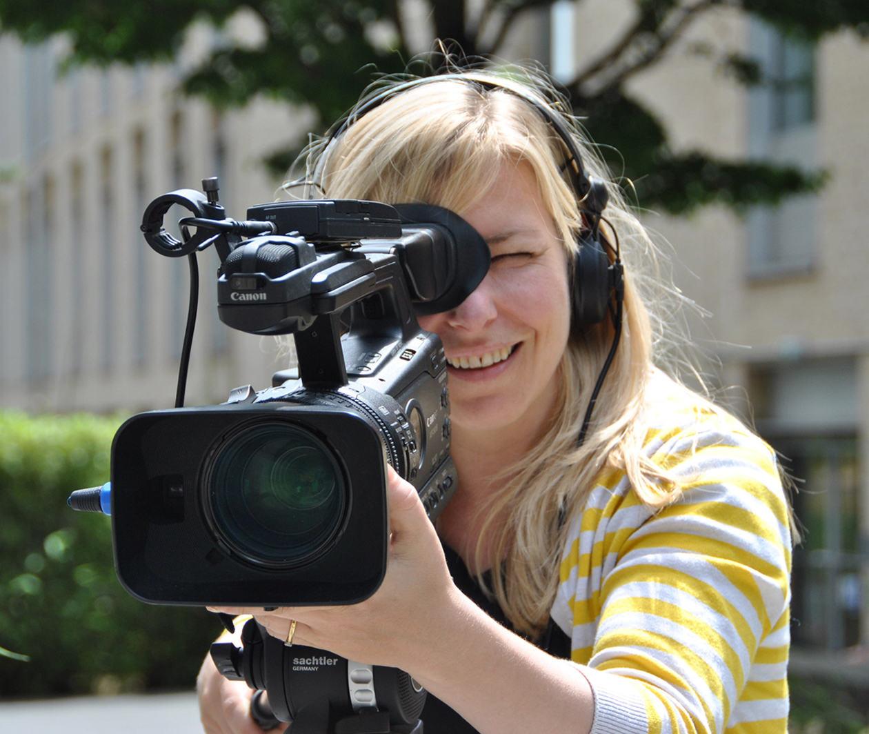Digital Storytelling: Filmmaking for the Web