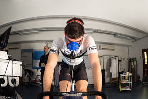 Endurance training - cyclist with gas analysers