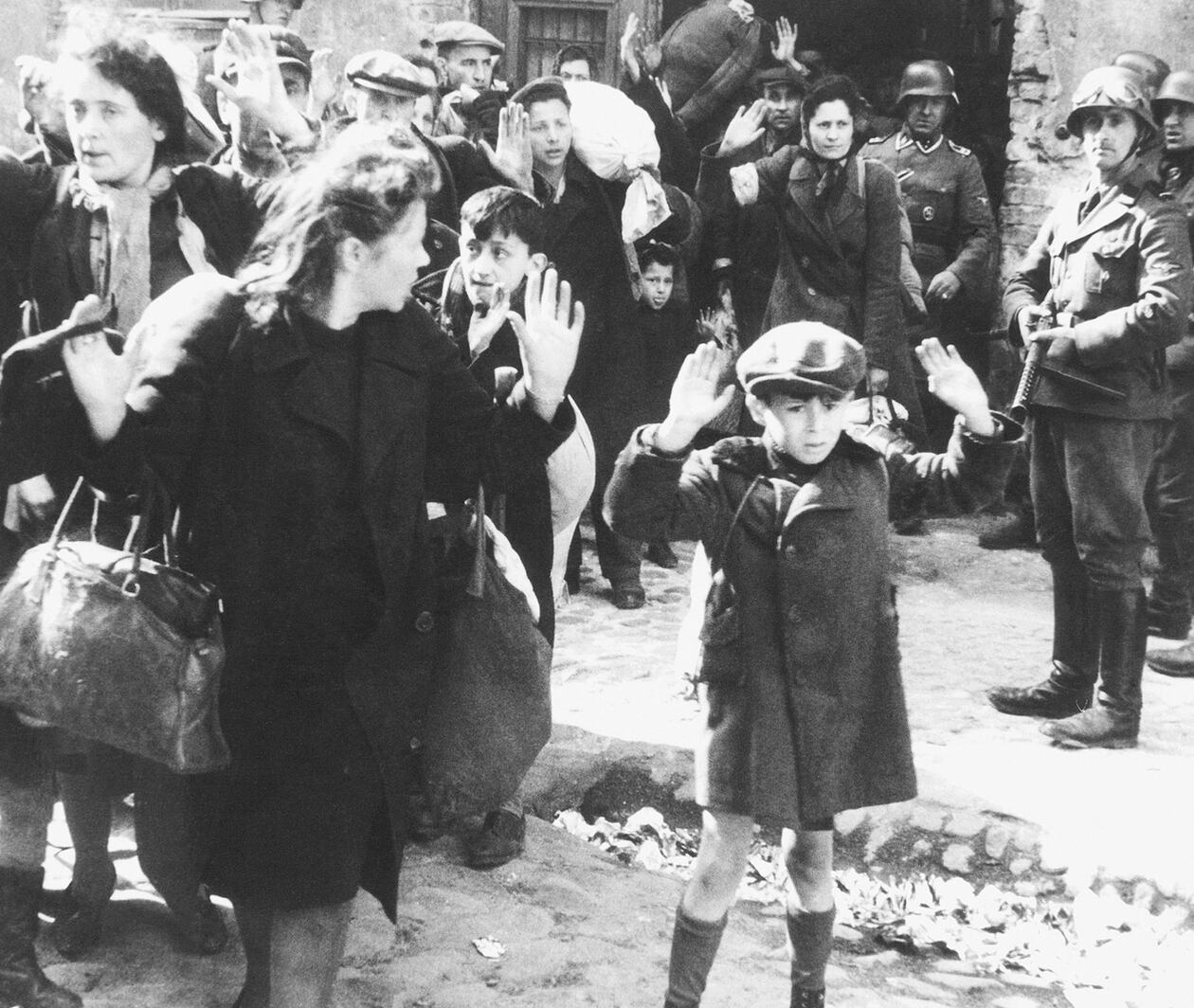 Photographing the Holocaust