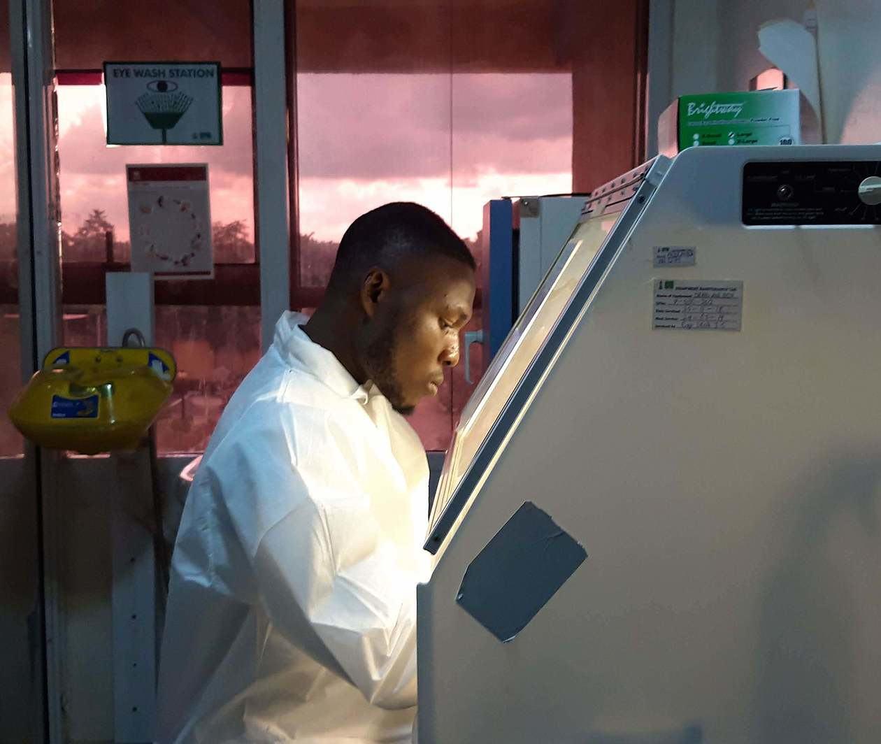 Diagnostic et dépistage de la COVID-19