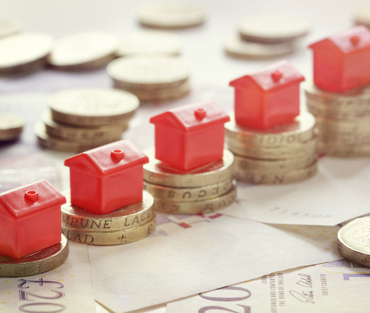MMP742.4 Modelling Property Investments to Estimate Potential Wealth Gains