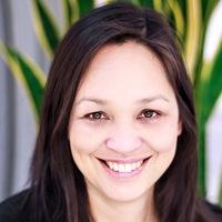 Dr Melanie Kan
