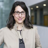 Dr Raquel Ajates
