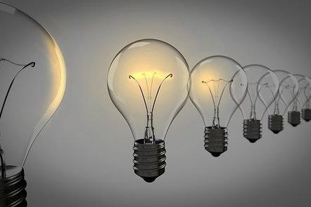 Light bulbs in line illustrating the idea of leadership.