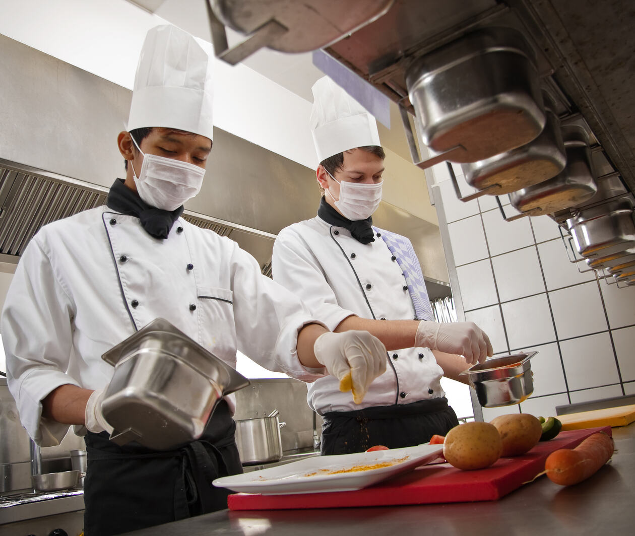 Food Safety and Personal Hygiene in a Professional Kitchen