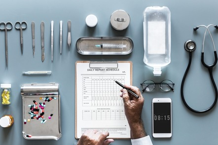 Checklist medical image by rawpixel on Pixabay https://pixabay.com/images/id-3222079/