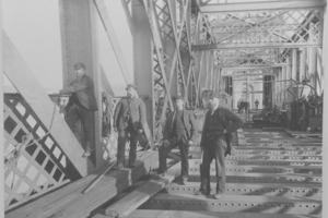 Workers on the second Tay Bridge