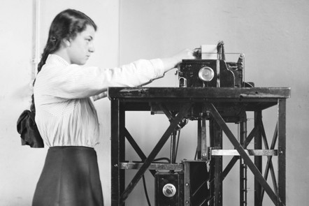 A Female Clerk operates a mechanical calculating machine during the First World War