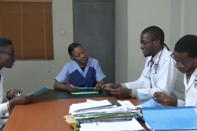 Nurse, microbiologist and doctors discuss Mr Anote's case