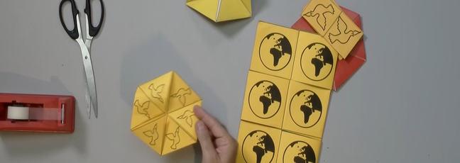 Assortment of flexagons