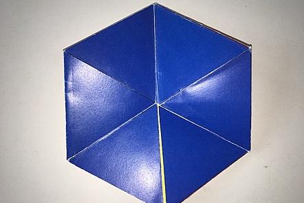 Tri-hexa-flexagon
