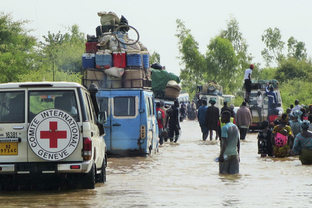Mopti. Displacement of the populations from Djenné by the ICRC, caused by conflicts between communities and flooding. DIA, Mamadou Diawoye/ICRC