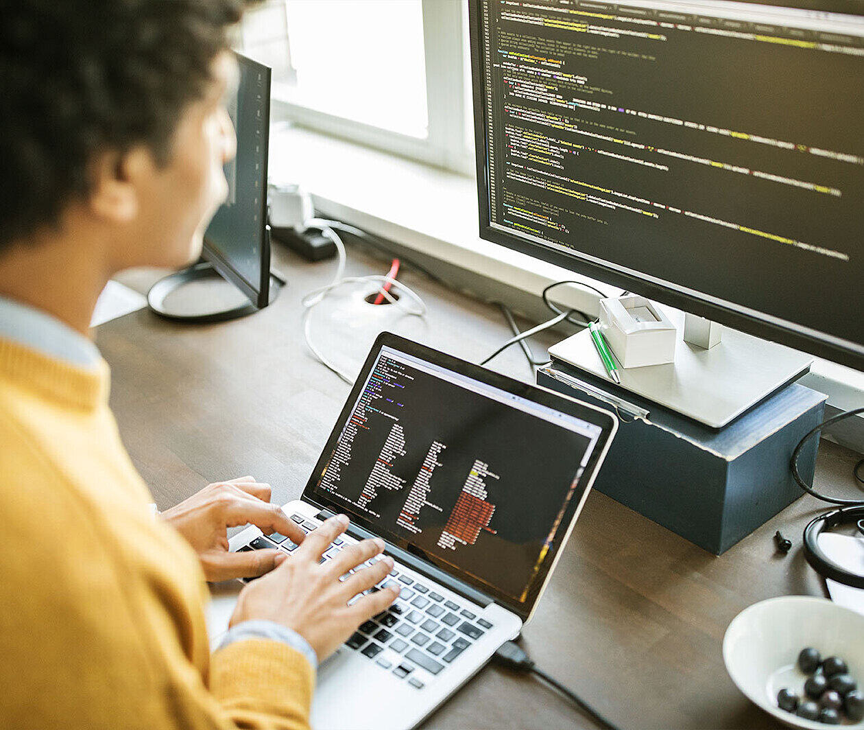 Programming Applications with Python: Graphics User Interface (GUI)