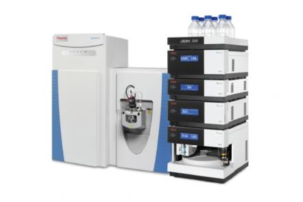 Ultra performance liquid chromatography Q Exactive hybrid Orbitrap mass spectrometer