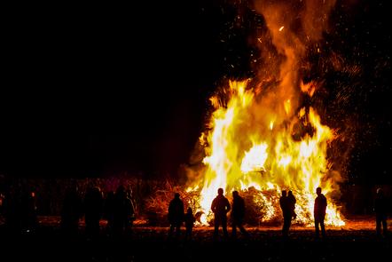 Picture of Samhain bonfire