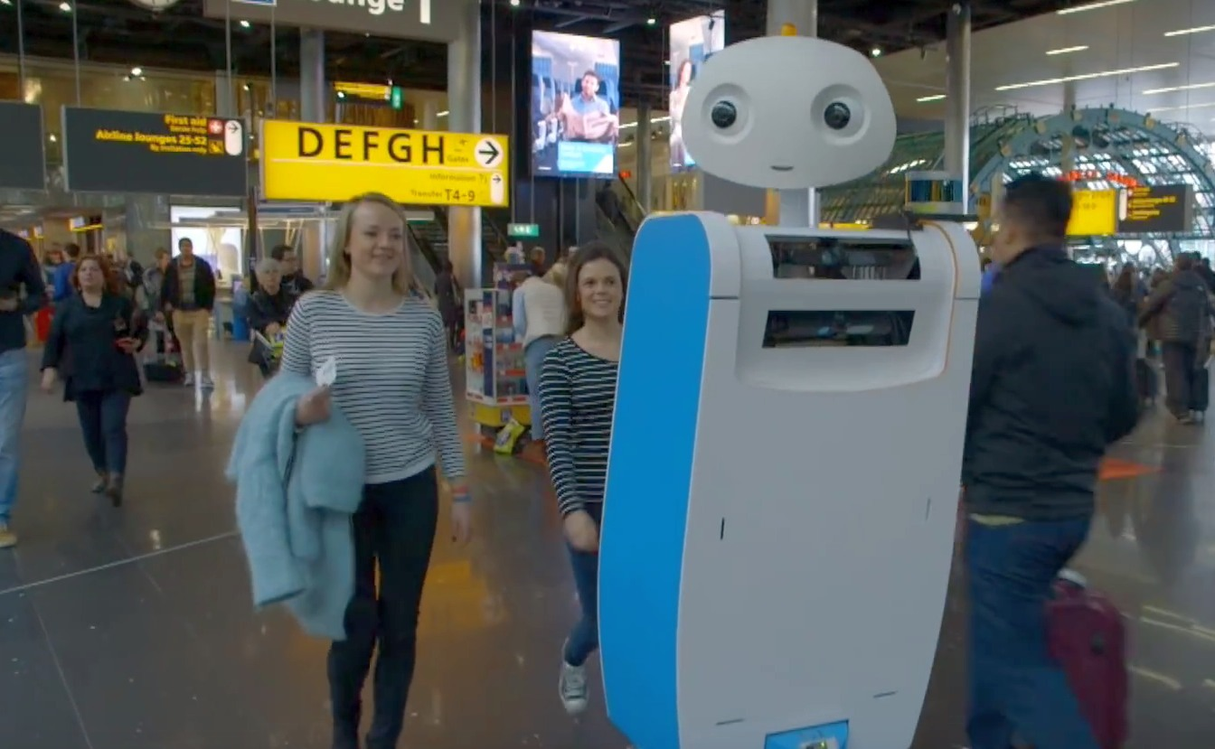 Spencer robot at Schiphol Airport