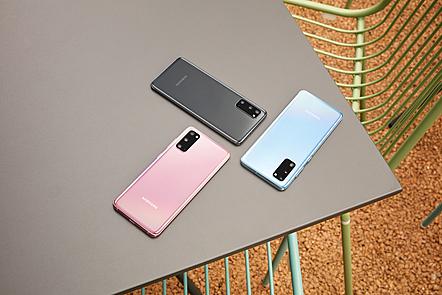 Three Samsung phones