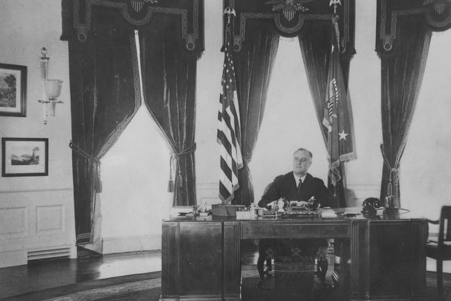 Proesident Franklin D Roosevelt in the Oval Office