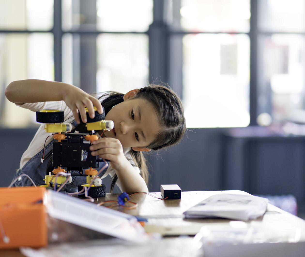 Makerspaces for Creative Learning