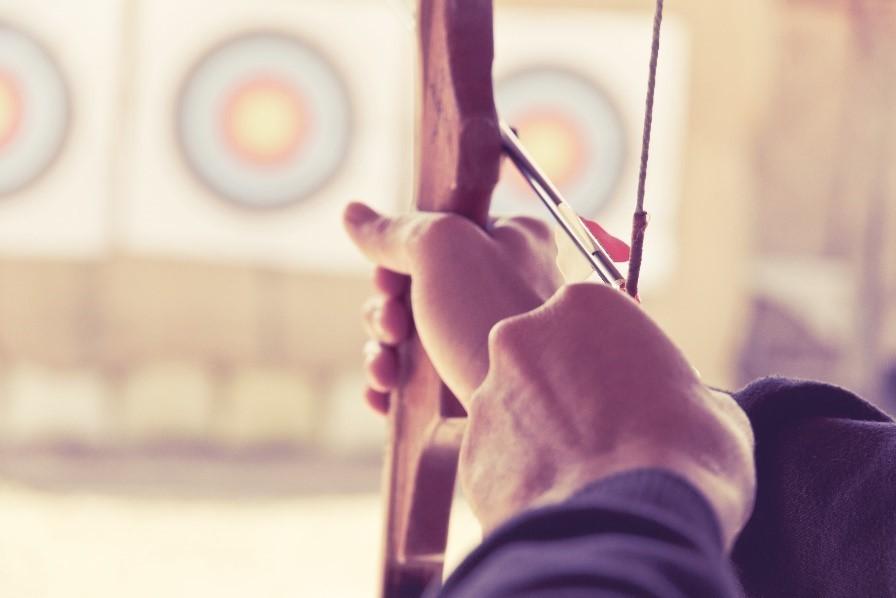 Arrow aimed at a bullseye