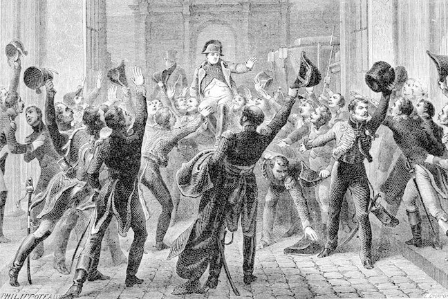 Napoleon carried aloft on soldiers' shoulders on his return to Paris