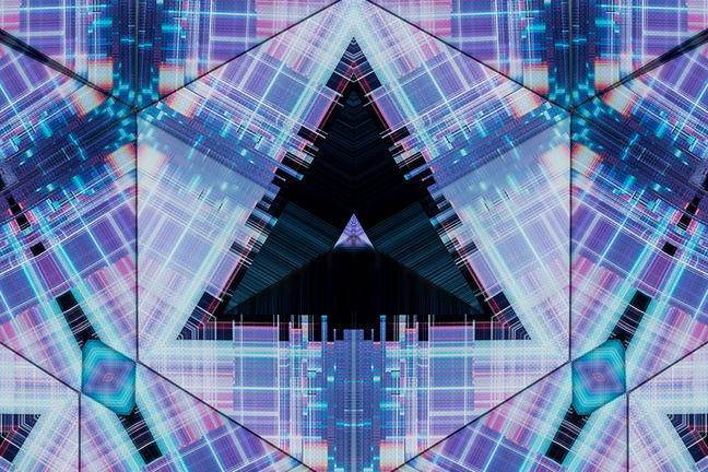 Kaleidoscopic glitch- Sci-fi pyramid