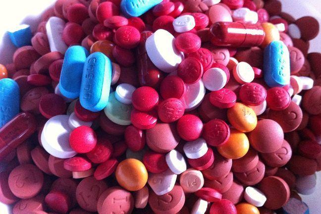 Assorted coloured pills