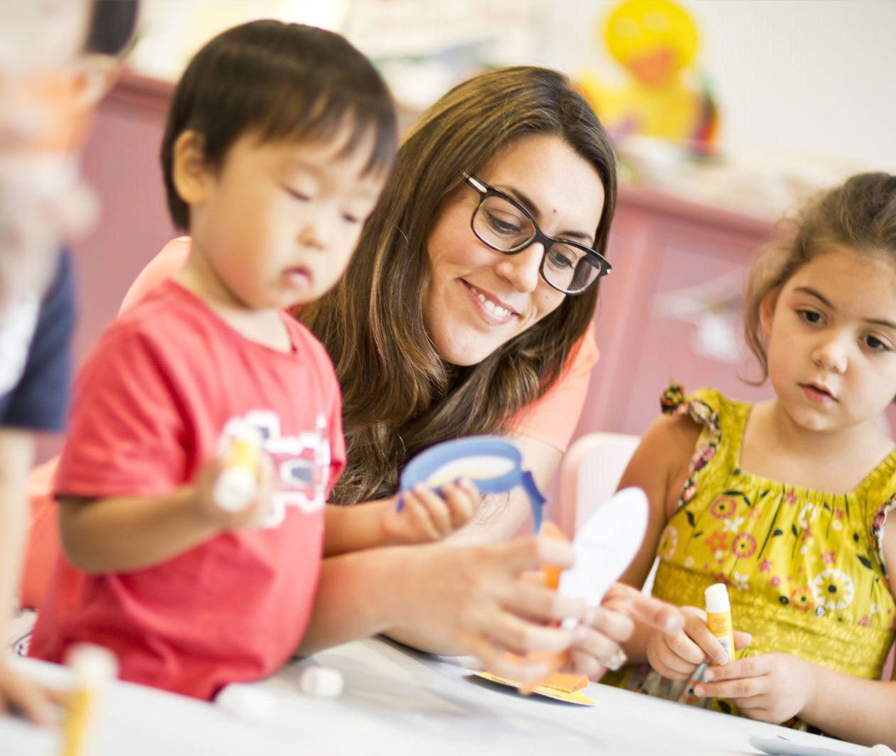 English in Early Childhood: Language Learning and Development