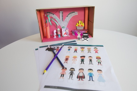 A shoe box set with printable resources.