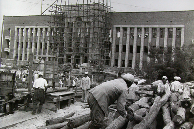 Chinese Volunteer Army help building Rodong Party Central Administrative Building in PyongYang