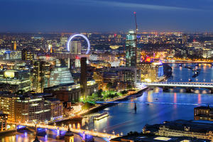 A photograph of London at night – an example of smart cities