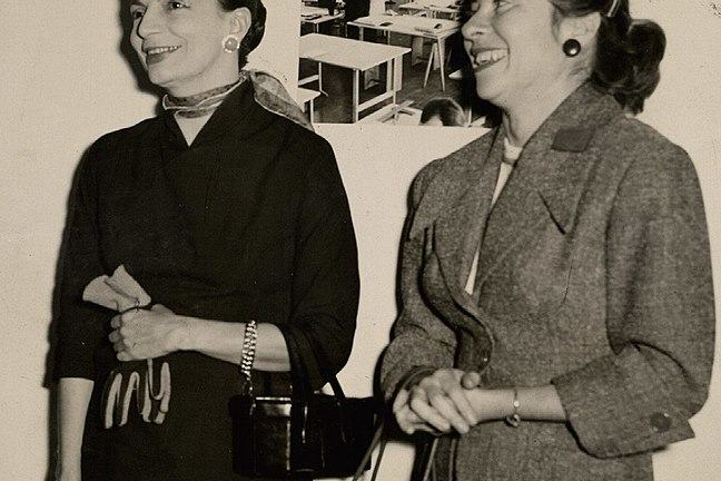 Photograph of Lygia Clark (stood on left) and Fayga Ostrower