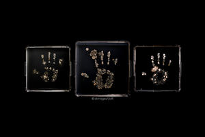 Hand imprints of microbes