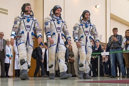 Teaching primary science: humans in space - Space suits (Photo of astronauts in Sokol suits (c) ESA)
