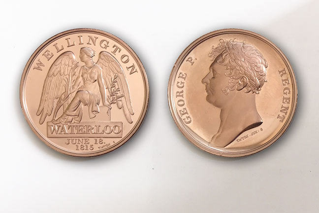 Obverse and reverse of reproduction bronze Waterloo medal