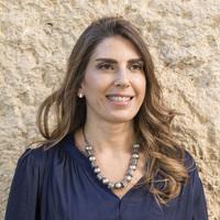 Lara Zuriekat