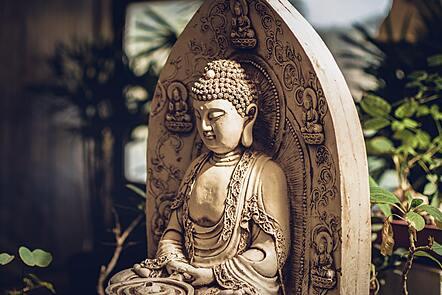 Statute of a buddha