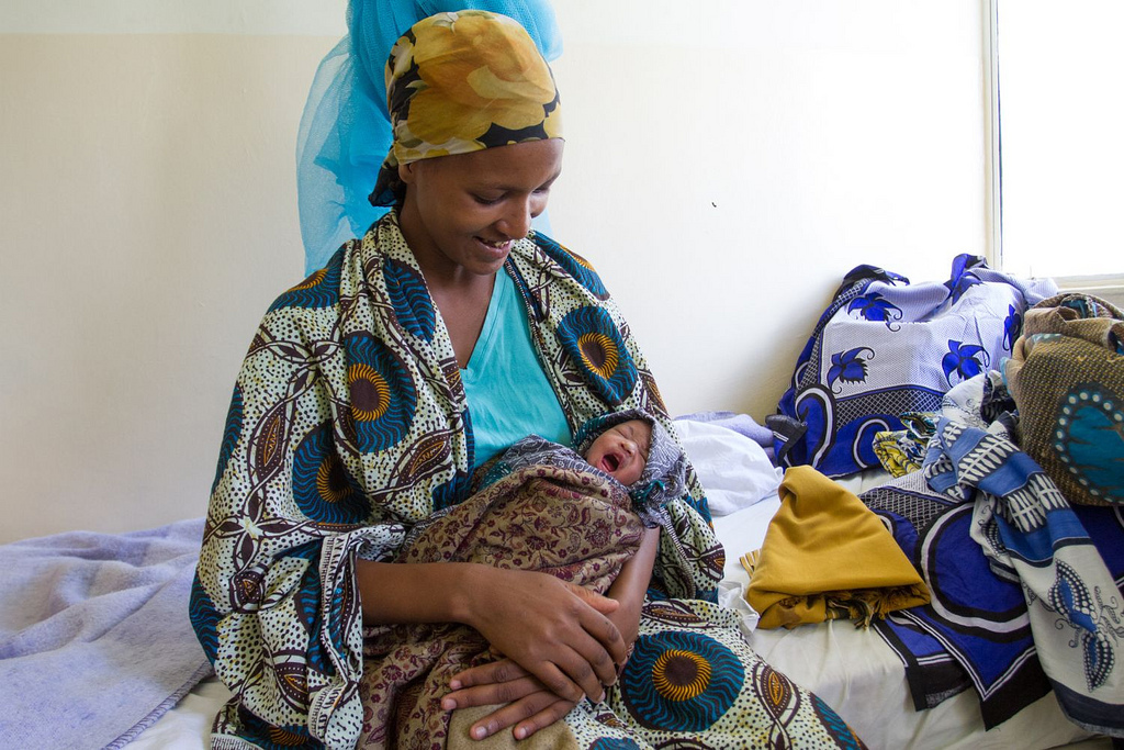 Image of mother and baby in Tanzania